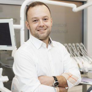 implanty warszawa, implanty zebowe, dental implants warsaw, implantology warsaw